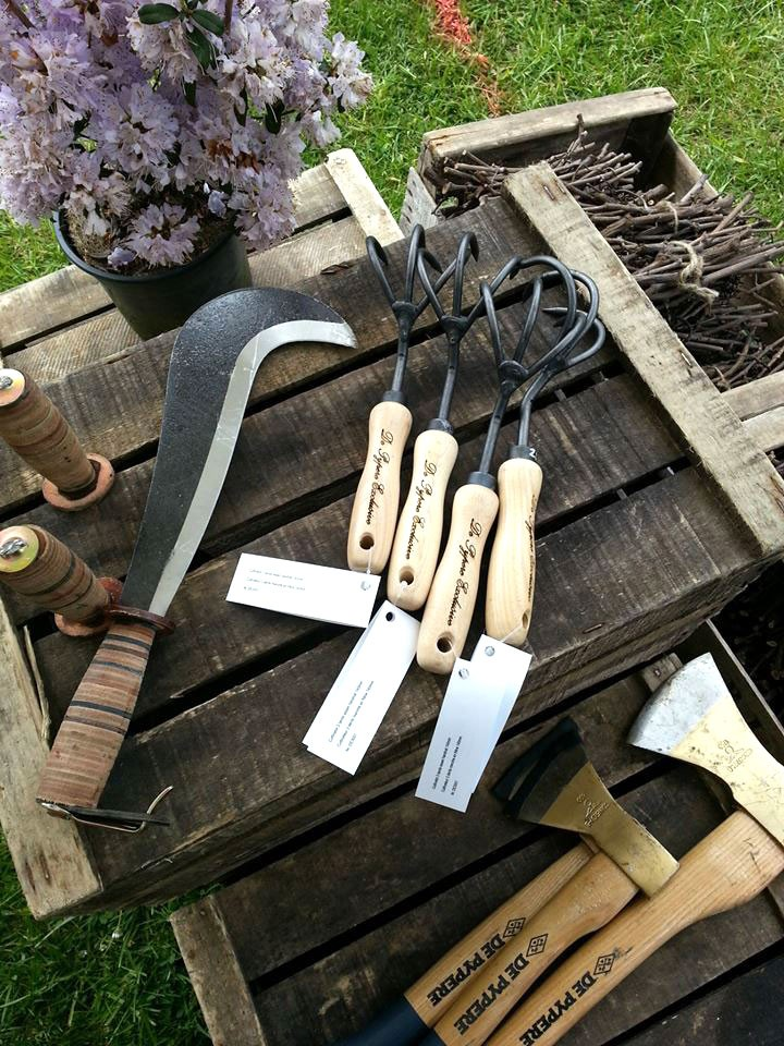 Outils pour le jardin