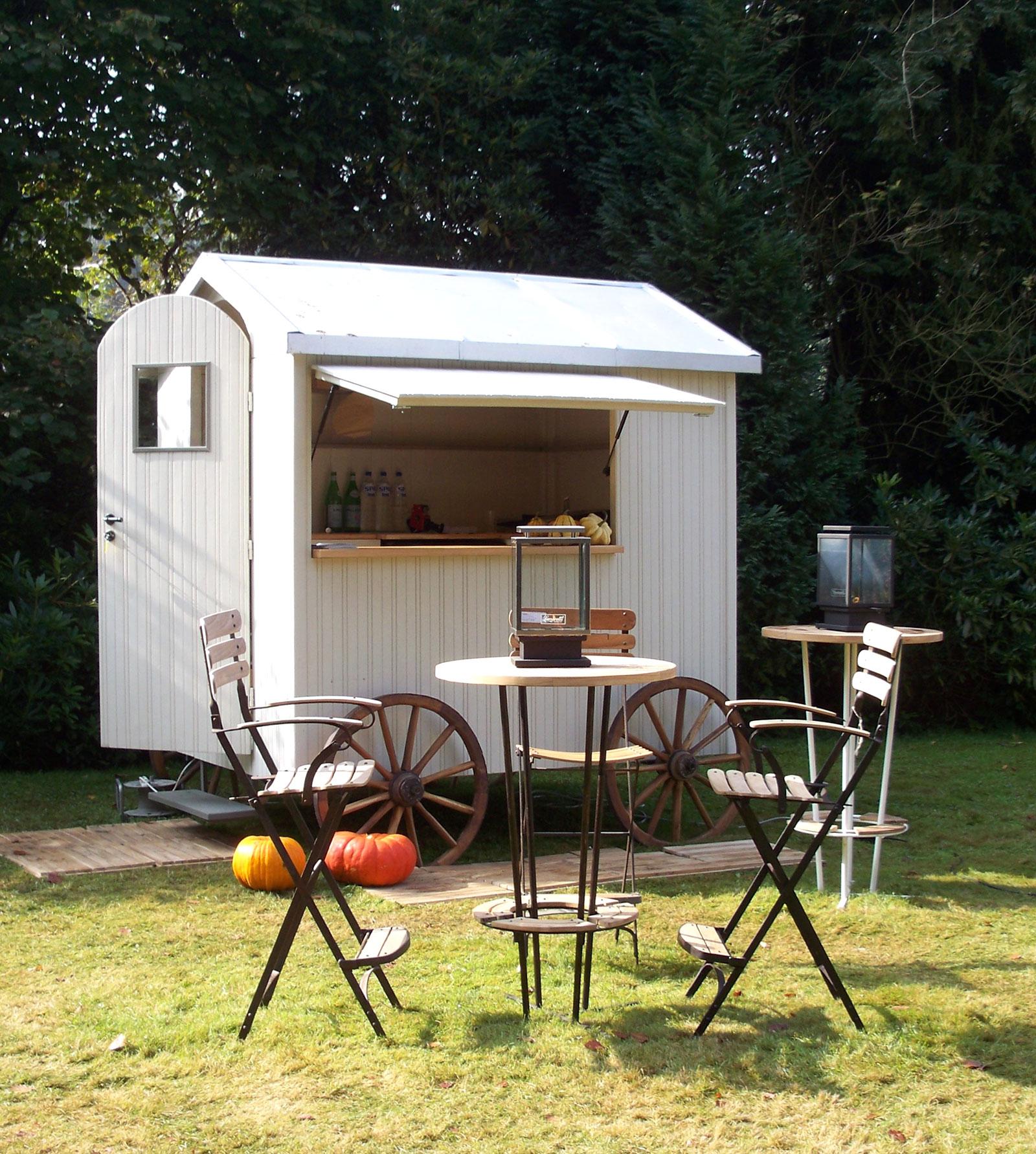 130 cabine de plage en bois pour jardin plus de 1000 id. Black Bedroom Furniture Sets. Home Design Ideas