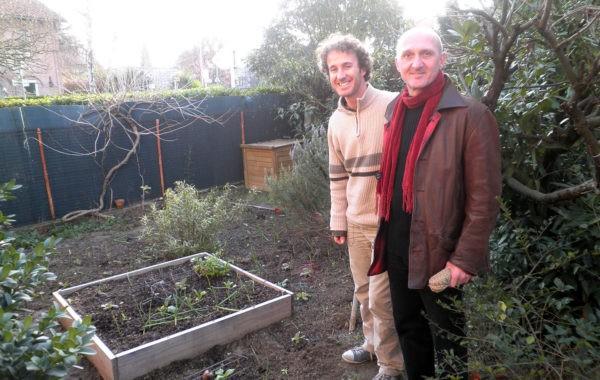 A Toulouse, Andréas prête son jardin à Luis