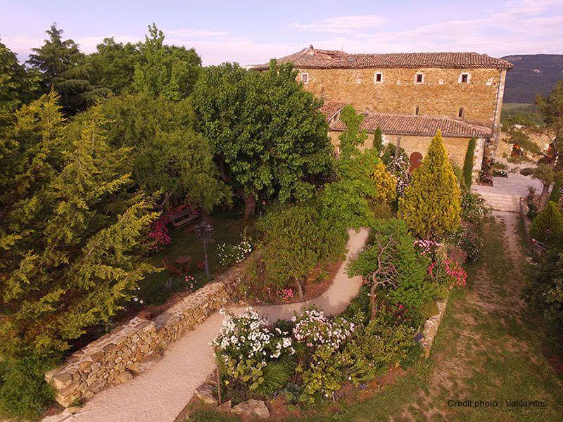 Vue aérienne de l'Abbaye de Valsaintes