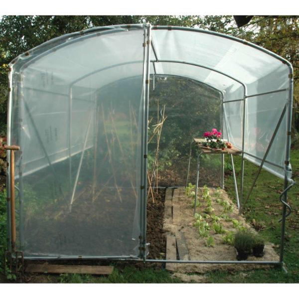 Petite serre de jardin
