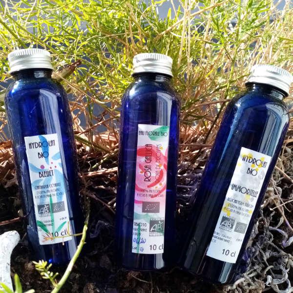 Coffret d'eaux florales : bleuet, rose, immortelle