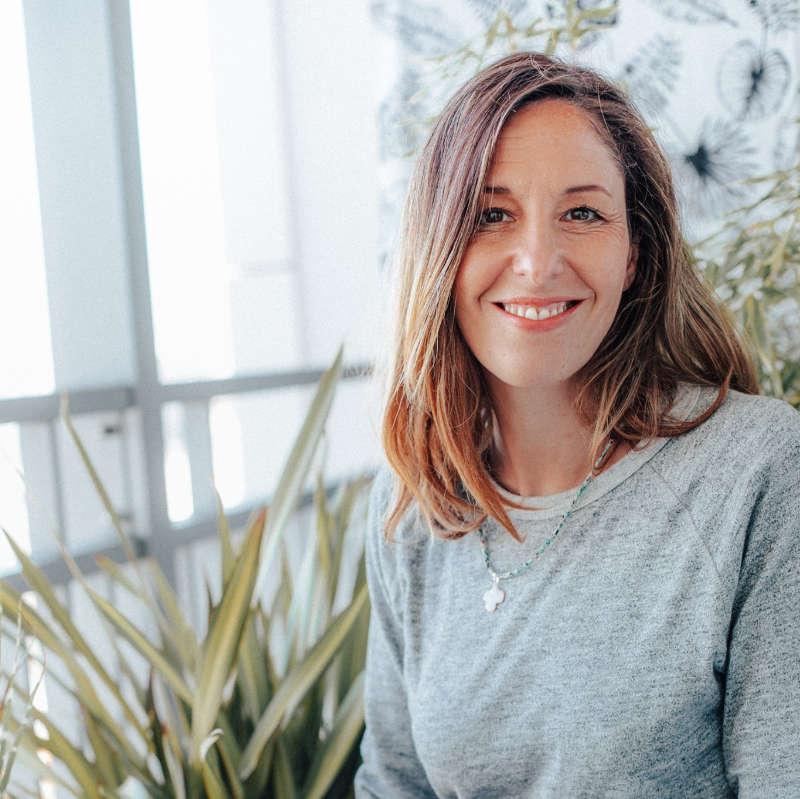 Isabelle Aumont, Un Balcon en Ville
